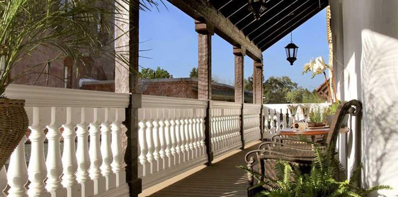 Balustrade balcony railing pacific columns inc for Pacific columns endura stone