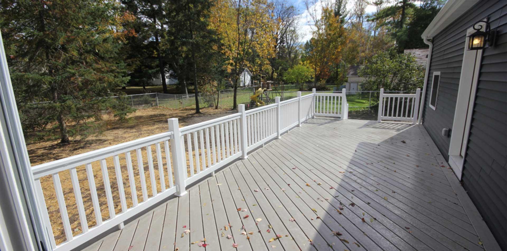 Deck railing aluminum deck railing pacific columns inc vinyl railing system baanklon Image collections